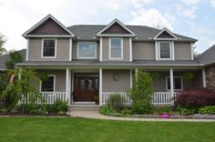 Norandex Vinyl Siding Bringing Your Dreams Home D4 Profile In Cobblestone With Accents Shakes And Rounds The Gables