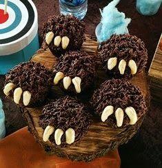 Brave bear claw cupcakes #brave #pixar #Merida