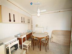 http://immobiliarecaserio.com/Properties_for_sale_in_the_old_town_in_the_Molise_Region_Italy_Montenero_di_Bisaccia_2204.html