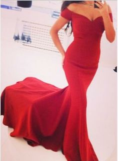 $129--2014 New Arrival Prom Dresses Off the Shoulder Chiffon Red V-neck Court Train Short Sleeves Sheath Simple Evening Gowns