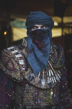 Oriental Tulamide Haradrim/ La scarf ensangrentada en un must have esta temporada, chiquillos!