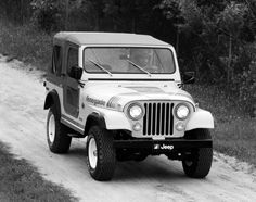 1979 Jeep Renegade. Looks exactly like my uncle Sammy's jeep he had in high school.