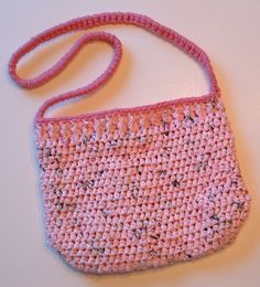 Recycled Pink Passion Plarn Purse-- where do I get pink shopping bags?!