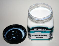 Acrylic painting mediums. Image: ©2007 Marion Boddy-Evans. Licensed to About.com, Inc. - Image © Marion Boddy-Evans