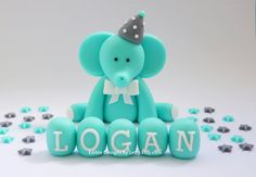 Edible Fondant Baby Shower Cake Toppers - Elephant with stars and name blocks Baby Shower Cakes, Baby Boy Shower, Retro Baby Showers, Cake Lettering, Elephant Cakes, Fondant Animals, Fondant Baby, Name Day, Gum Paste