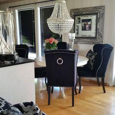 #Louiseingchair fra #classicliving hos @lenemedema #mynorwegianhome#inspire_me_home_decor#details#vakrehjemoginterior#classicliving#lenebjerre#homeinsperation#interior4you#interior123 #interior444#skandinaviskehjem