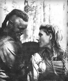 Ragnar and Lagertha. Love me some Vikings!