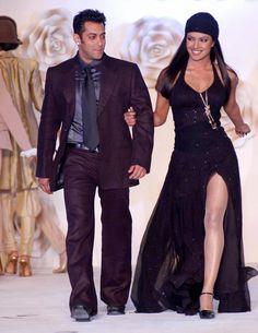 Superstar Salman Khan has congratulated Priyanka Chopra for bagging a major Hollywood . Bollywood Photos, Bollywood Stars, Bollywood Fashion, Indian Celebrities, Bollywood Celebrities, Bollywood Actress, Handsome Celebrities, Indian Men Fashion, India Fashion