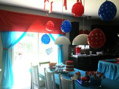 cat in the hat party decor | The Cat in the Hat Birthday Themed Party | Kelly Gene