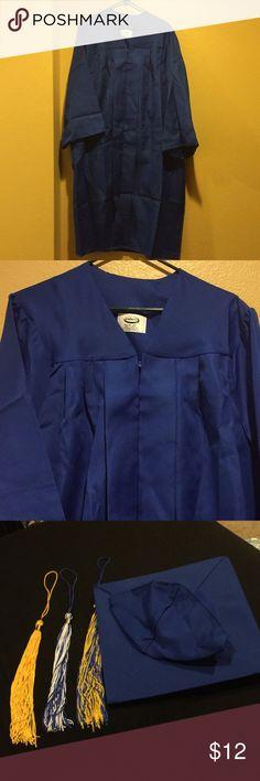 Jostens Graduation Cap and Gown Royal Blue Color 100% Polyester 5 4- 5 8d8fceae239