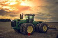 Kentucky Living by Scarlet Moon Photography on Jd Tractors, John Deere Tractors, New Holland, John Deere 4320, Moon Photography, International Harvester, Heavy Equipment, Scarlet, Kentucky