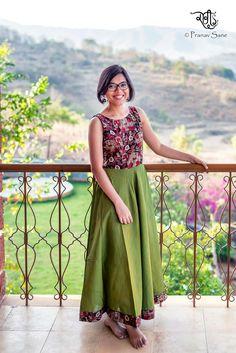 Kalamkari Designs, Salwar Designs, Blouse Designs, Dress Designs, Kurta Patterns, Dress Patterns, Kalamkari Dresses, Kalamkari Kurti, Indian Designer Wear