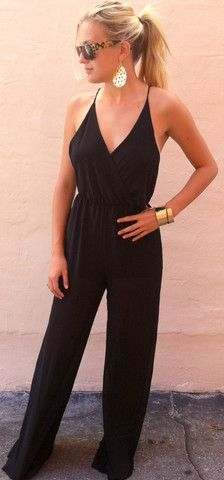 Adorable black jumpsuit fashion style, great for any time of the year. High Fashion, Fashion Women, Black Jumpsuit, Jumpsuit Style, Black Romper, Fashion Killa, Swagg, Passion For Fashion, Everyday Fashion