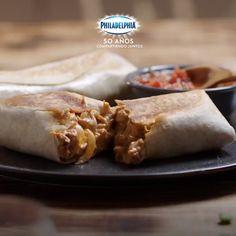 Para esos días de antojo, la opción es un Burrito norteño. #recetas #receta #quesophiladelphia #philadelphia #quesocrema #queso #comida #cocinar #cocinamexicana #recetasfaciles #recetasPhiladelphia #cocina #comer #burrito #norteño #chipotle Mexican Food Recipes, Sweet Recipes, Dessert Recipes, I Love Food, Good Food, Yummy Food, Crepes And Waffles, Special Recipes, Food Cravings