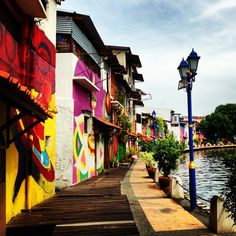 Colorful buildings on the side of Malacca River, Malacca/Melaka, Malaysia…