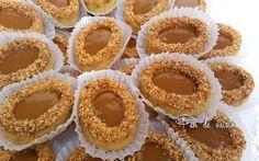 Asalam Alaykom, Des sablés au bon gout de praliné, gourmands, fondants en bouche et facile à réaliser Ingrédients: pour environ 65 pièces 500 g de beurre 2 verres de sucre glace (160 g) 5 ja…
