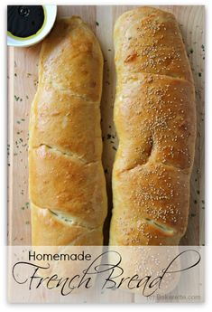 This recipe for french bread is an easy recipe. It's soft and rises nice and fluffy. Make it with toasted sesame seeds to give it extra flavor or if you prefer, make it without. Either way, it's delicious. | Bakerette.com