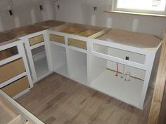 Picking The Best Custom Cabinets For Your Home #CUSTOM_CABINET #kitchen_cabinets #custom_kitchen_cabinets