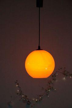Lustre vintage suspension globe ancien luminaire seventis opaline orange... http://www.lanouvelleraffinerie.com/plafonniers-suspensions-lustres/566-vintage-lustre-suspension-globe-ancien-luminaire-seventis-opaline-orange.html