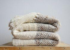 Raw wool striped blanket Grey & Ecru Chunky by TexturableDecor