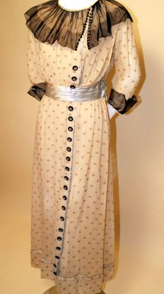 EDWARDIAN 1900'S VINTAGE CREAM WITH PINK FLORAL PRINT TEA GOWN, BLACK TULLE TRIM. From rpvintage.com  SOLD