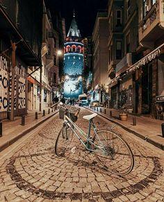 İstanbul ' da şiir  Istanbul istanbul lovers galata tower .