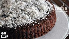 Videolu anlatım Hindistan Cevizli Islak Kek Videosu Tarifi nasıl yapılır? 14.872 kişinin defterindeki bu tarifin videolu anlatımı ve deneyenlerin fotoğrafları burada. Yazar: Elif Atalar