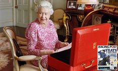 A minute-by-minute glimpse into the daily routine of the Queen