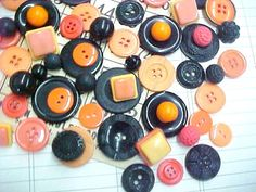 Spooky Halloween Theme Plastic Vintage Sewing Buttons  by nickelnotions