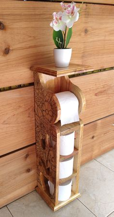 Toilet Paper Holder Stand, Toilet Paper Storage, Diy Outdoor Furniture, Small Space Living, Wooden Blocks, Wood Turning, Furniture Making, Woodworking Projects, Projects To Try