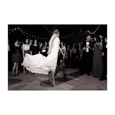 Dancing into the weekend  . . .  #balletbride #dancer #photography #weddingphotography #weddingday #fridaynight #chswedding #charleston #charlestonweddings #southernweddings #l4l #f4f  @saracsumner