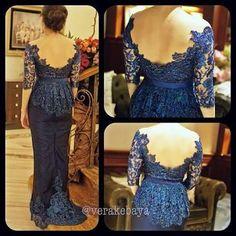 Kebaya Peplum, Vera Kebaya, Kebaya Lace, Batik Kebaya, Batik Dress, Lace Dress, Kebaya Brokat, Traditional Fashion, Traditional Dresses