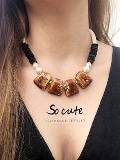 Κολιέ ροζάριο με Swarovski και σταγόνα – socutebydimi Handmade Jewelry, Clothes For Women, Cute, Women's Clothing, Swarovski, Fashion, Outerwear Women, Women's Clothes, Moda