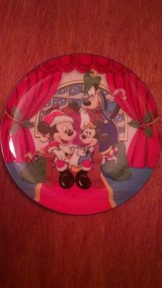 Christmas, Disney 1989 Merry Mickey Claus collector plate