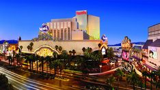 Caesars sells Harrah's Las Vegas real estate: Travel Weekly
