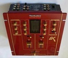 Technics SHEX1200 - Red
