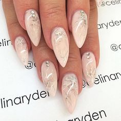 Pink marble nails  by Celina Rydén
