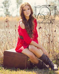 Senior picture in field
