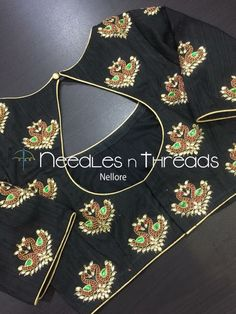 Best Blouse Designs, Simple Blouse Designs, Saree Blouse Neck Designs, Bridal Blouse Designs, Blouse Patterns, Hand Work Blouse Design, Maggam Work Designs, Blouse Models, Decorative Lighting
