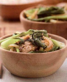 Ázsiai zöldségek wokban sütve   Receptek