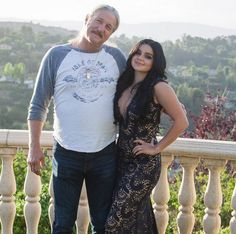 'Modern Family' Star Ariel Winter Goes to Prom Ariel Winter  #ArielWinter