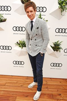 Eddie Redmayne Has Perfected Not-Quite-Casual Style