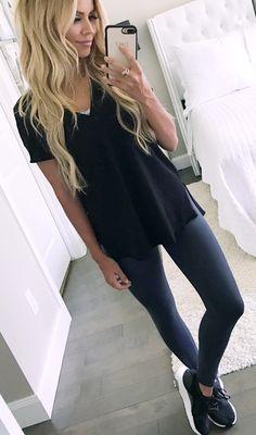 #summer #outfits Black Top + Black Leggings + Black Sneakers