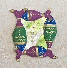 vamos criar essamoldura decorativa pintada em estilo indiano, com muito dourado nos detalhes.