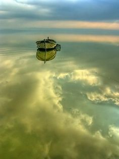 Sky Reflection - just perfect. Old wooden boat, water, beauty of Nature, photo Beautiful World, Beautiful Images, Simply Beautiful, Pretty Pictures, Cool Photos, All Nature, Belle Photo, Wonders Of The World, Amazing Photography