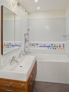 Wall Mural Bathtub   Beautiful Homes Design