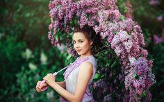 Kwiaty bzu, parasol, kobieta