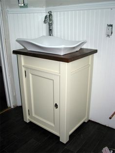 "cute sink ""pedestal"" that is actually an ikea nightstand. #ikea #hack"
