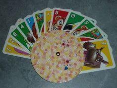 DIY Etwas ganz schnelles für kleine Hände: Meiner kleinen Tochter fallenbei Kartenspielen immer die Karten aus der Hand. (Zumindest ...