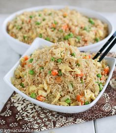 Coconut fried rice Learn how to make this quick and easy delicious vegetarian meal , made with coconut milk ,garlic, and a touch of curry with steps. Coconut Fried Rice, Jollof Rice, Tasty Vegetarian Recipes, Healthy Recipes, Nigerian Food, Pasta, Side Recipes, Cooking Recipes, Meal Recipes